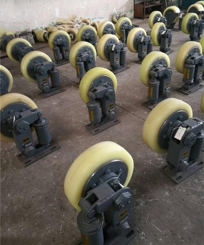 滚轮罐耳L50大号滚轮罐耳厂家定做罐笼导向轮