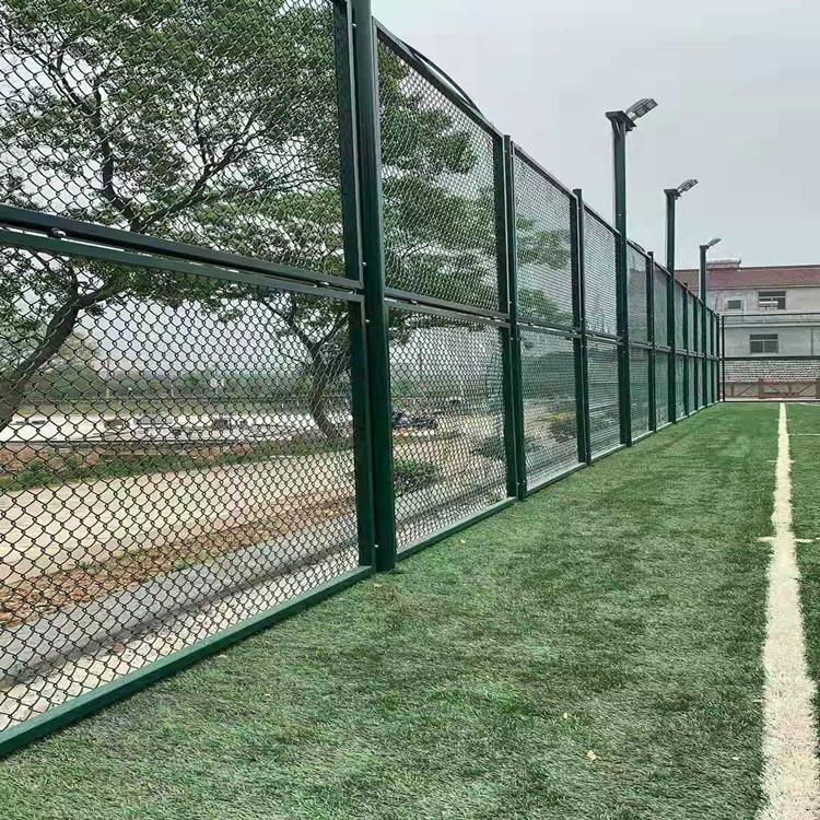 浙江笼式足球场围网 拼接式场地围网 篮球场围网制作工厂