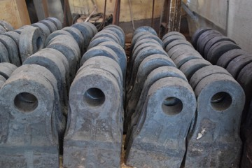 锤头厂家-选广瑞铸造,合金耐磨锤头-耐磨抗冲击